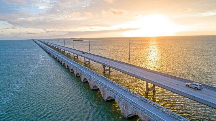 Cruising the Scenic Highway: A Guide to the Florida Keys