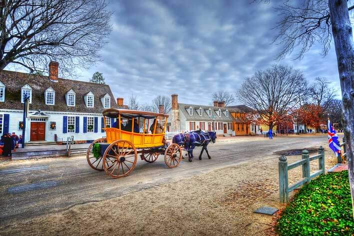 Virginia Is For Lovers: A Virginia Travel Guide