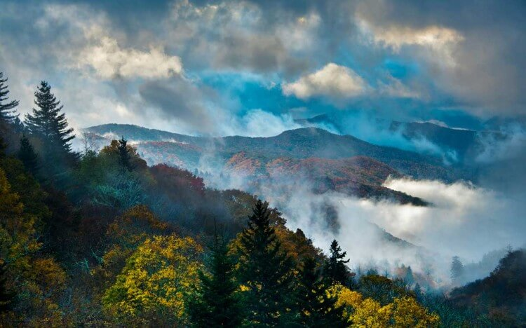 A Guide to the Great Smoky Mountains: America's Countryside